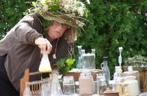 Monday Morning Fun: Herbology with Prof. Sprout